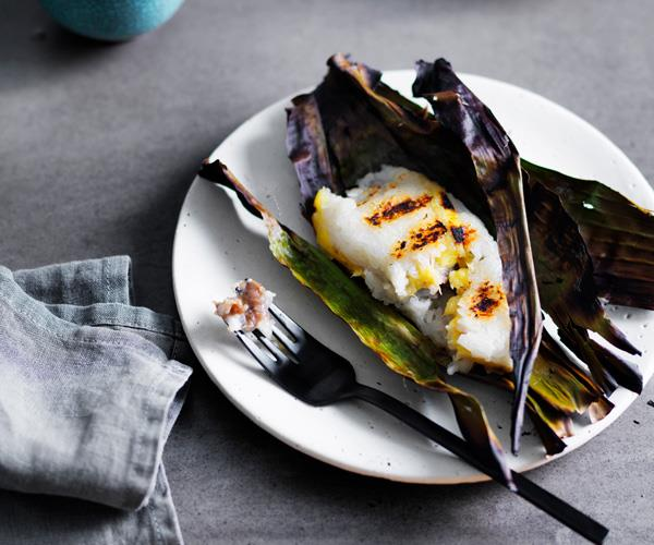 "**[David Thompson's grilled sticky rice with banana paste](https://www.gourmettraveller.com.au/recipes/chefs-recipes/david-thompsons-grilled-sticky-rice-with-banana-paste-8481|target=""_blank"")**"