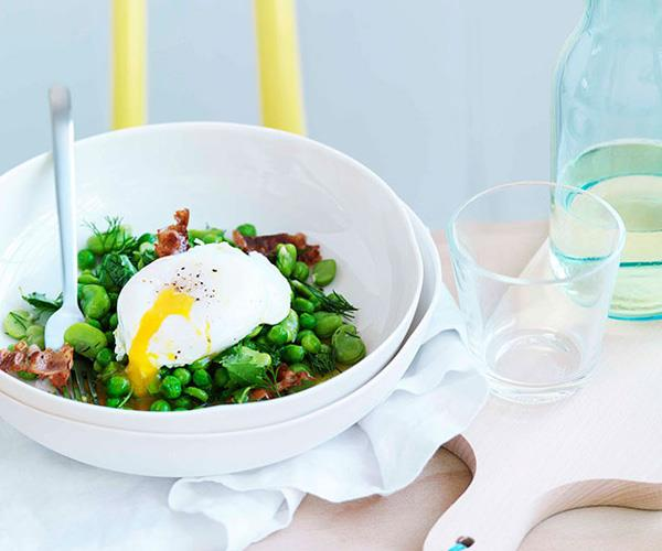 "**[Broad bean, crisp pancetta and poached egg salad](https://www.gourmettraveller.com.au/recipes/chefs-recipes/broad-bean-crisp-pancetta-and-poached-egg-salad-7526|target=""_blank"")**"