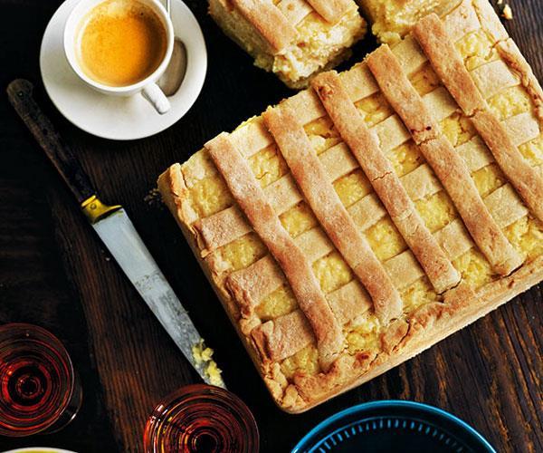 "**T[orta di riso](https://www.gourmettraveller.com.au/recipes/chefs-recipes/torta-di-riso-sweet-rice-pie-7742|target=""_blank"")**"