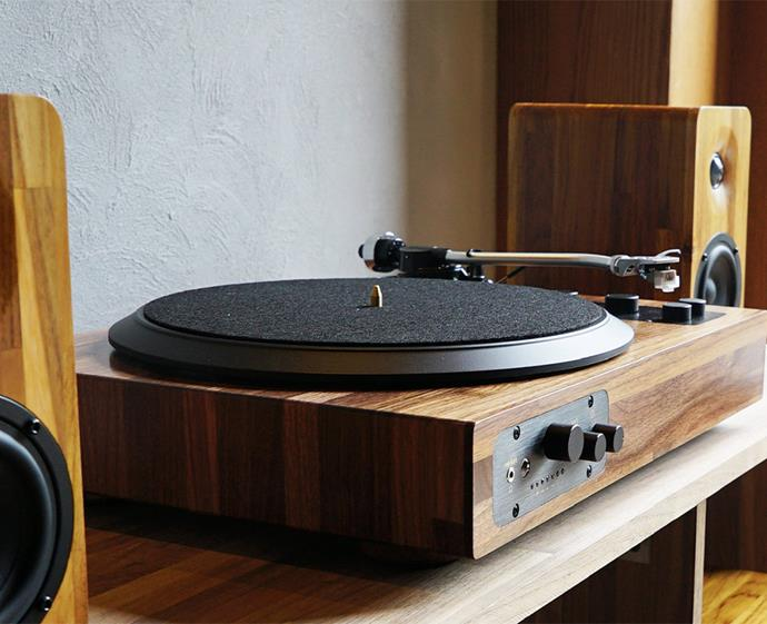 "Music is the key to creating the perfect dinner party ambience. Spin your favourite vinyls or connect your smartphone or Spotify playlist via Wi-Fi and Bluetooth. This retro-inspired wooden system can slot seamlessly into any home design aesthetic — a must-have for any entertainer. <br><br> [Minfort TT8 Multi-Functional Turntable Audio System](https://www.minfort.com/product/tt8-the-best-wooden-multi-functional-turntable-audio-system|target=""_blank""