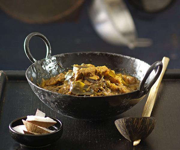 "**[Peter Kuruvita's pork curry](https://www.gourmettraveller.com.au/recipes/chefs-recipes/peter-kuruvita-pork-curry-7451|target=""_blank"")**"