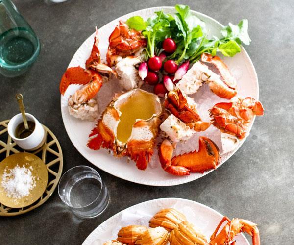 "**[Fleet's seafood platter with Marie Rose sauce](https://www.gourmettraveller.com.au/recipes/chefs-recipes/seafood-platter-16850 target=""_blank"")**"