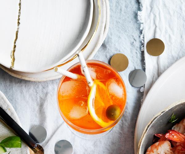 "**[Aperol Spritz](https://www.gourmettraveller.com.au/recipes/browse-all/aperol-spritz-18080|target=""_blank"")**"