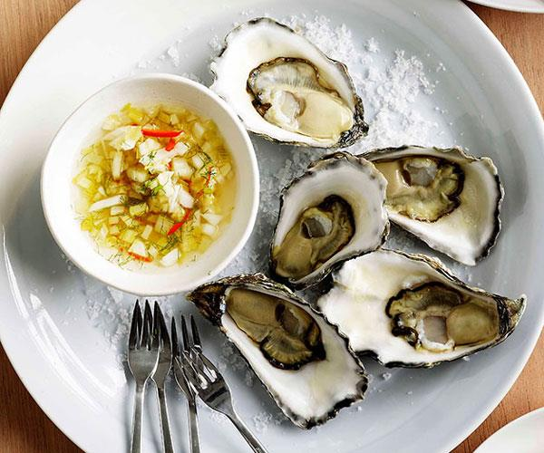 "[**David Chang's oysters with spicy fennel**](https://www.gourmettraveller.com.au/recipes/browse-all/oysters-with-spicy-fennel-10929|target=""_blank"")"