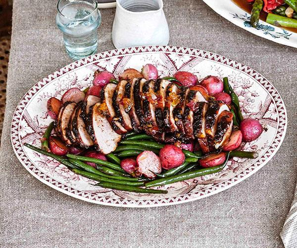 "[**Glazed ham with radishes and beans**](https://www.gourmettraveller.com.au/recipes/browse-all/glazed-ham-with-radishes-and-beans-11148|target=""_blank"")"