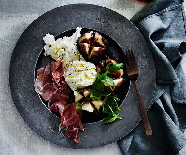 "**[Figs with mozzarella, prosciutto and vincotto](https://www.gourmettraveller.com.au/recipes/browse-all/figs-with-mozzarella-prosciutto-and-vincotto-12213|target=""_blank"")**"