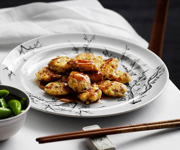 """**[Flower Drum's pan-fried pei pa tofu with Chinese sausage and prawns (heung jin pei pa doufu)](https://www.gourmettraveller.com.au/recipes/chefs-recipes/pan-fried-pei-pa-tofu-with-chinese-sausage-and-prawns-heung-jin-pei-pa-doufu-8110