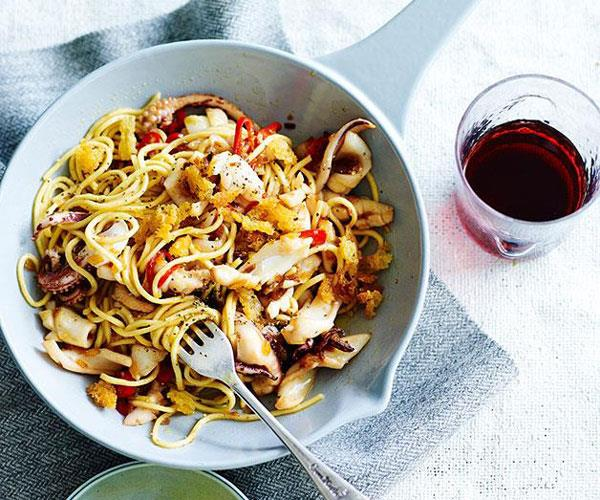 "**[Spaghettini with calamari, rosemary and lemon](https://www.gourmettraveller.com.au/recipes/fast-recipes/spaghettini-with-calamari-rosemary-and-lemon-13474|target=""_blank"")**"
