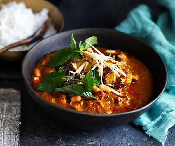 "Or this: **[Chiang Mai chicken curry](https://www.gourmettraveller.com.au/recipes/browse-all/chiang-mai-chicken-curry-12708|target=""_blank""
