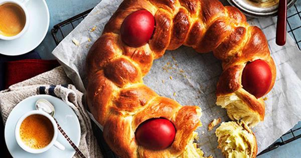 Greek Easter Bread Tsoureki Recipe Gourmet Traveller