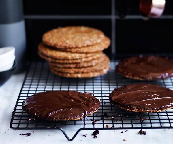 "**[Chocolate hob-nobs](https://www.gourmettraveller.com.au/recipes/browse-all/chocolate-hob-nobs-12517|target=""_blank""