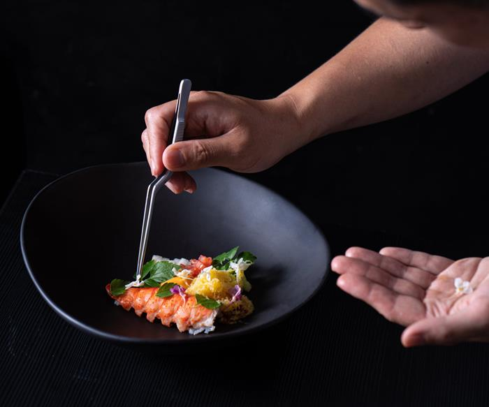 Review: Sydney's Jung Sung isn't afraid to mess with tradition
