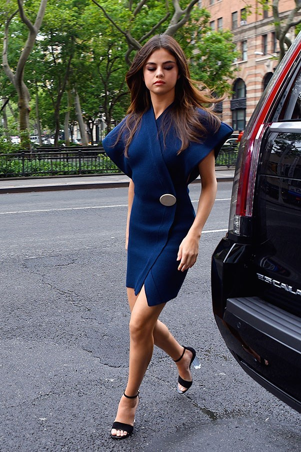 **June 5th, 2017**  Selena's first outfit of the day was a navy dress by Jacquemus.