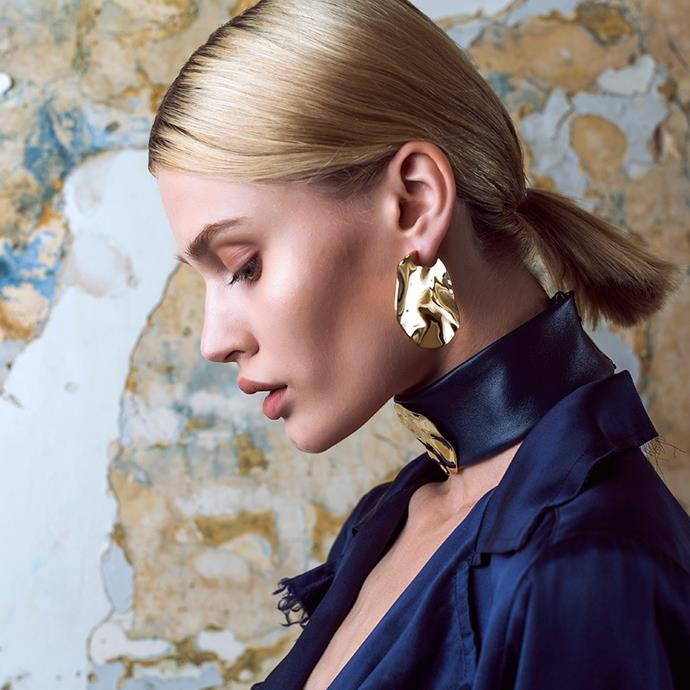 "**HOLLY RYAN:**   **What was the one piece that propelled [Holly Ryan](https://hollyryan.com.au/|target=""_blank"") into the limelight?** *""The [Wavee earrings](https://hollyryan.com.au/collections/earrings-1/products/gold-wavee-earrings-large