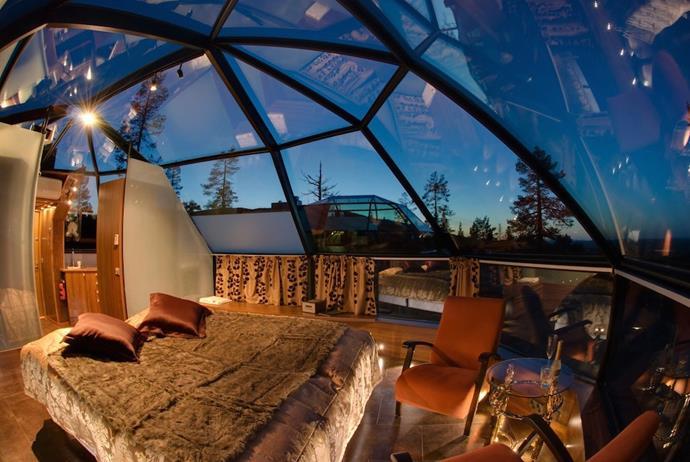 **[Glass Igloos, Hotel Kakslauttanen, Finland](http://www.kakslauttanen.fi/en/accommodation/)**
