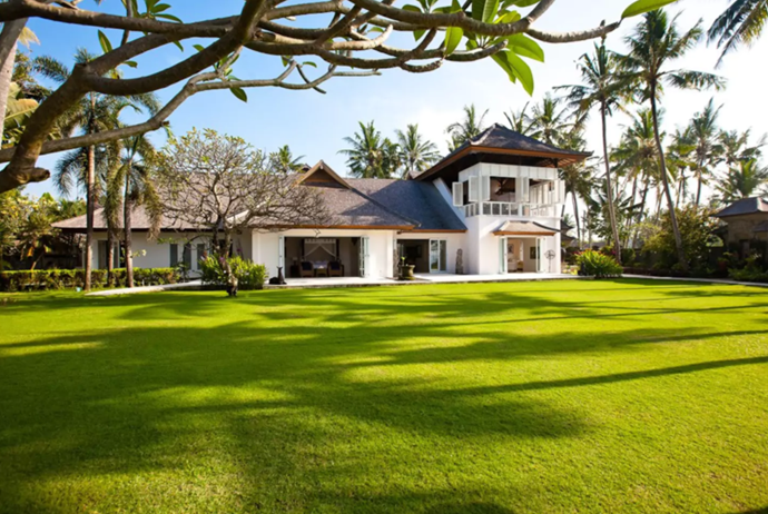 **[Beachfront Estate](https://www.airbnb.com.au/rooms/1010048), Gianyar, Bali, Indonesia** <br> <br> **From $1,635 a night, sleeps 16** <br> <br> With a full-time staff of 15, planning a wedding at this lush private estate is a breeze.