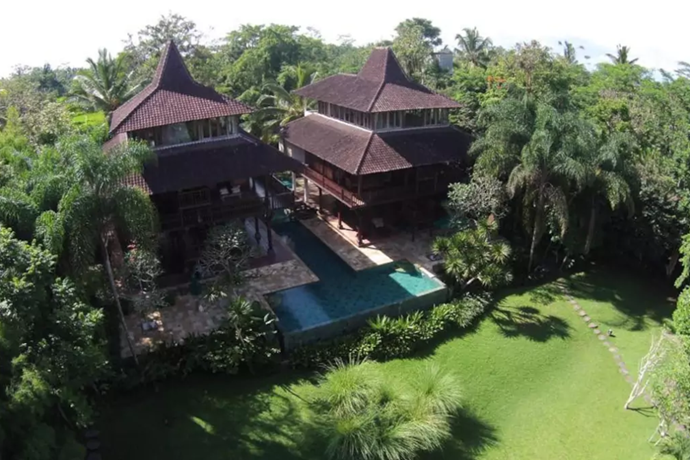 **[Stunning Villa above the Clouds](https://www.airbnb.com.au/rooms/13045707), Ubud, Bali, Indonesia**   <br> <br> **From $913 a night, sleeps 16** <br> <br> Hold the ceremony in the spectacular mountain-scape, then step inside for the reception.