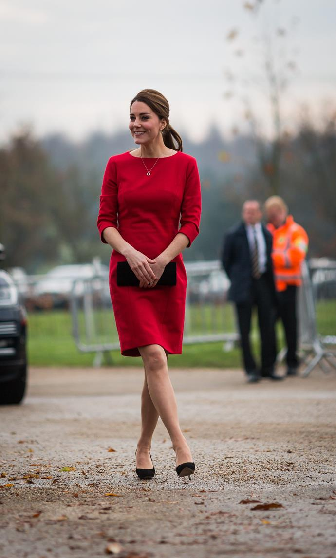 November 25, 2014 - When Kate is pregnant with Charlotte.