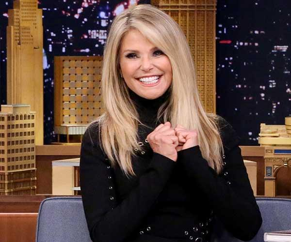 "**Christie Brinkley** <br><br> [Speaking to *PEOPLE*](http://people.com/style/christie-brinkley-skin-procedures-xeomin-ultherapy/|target=""_blank""