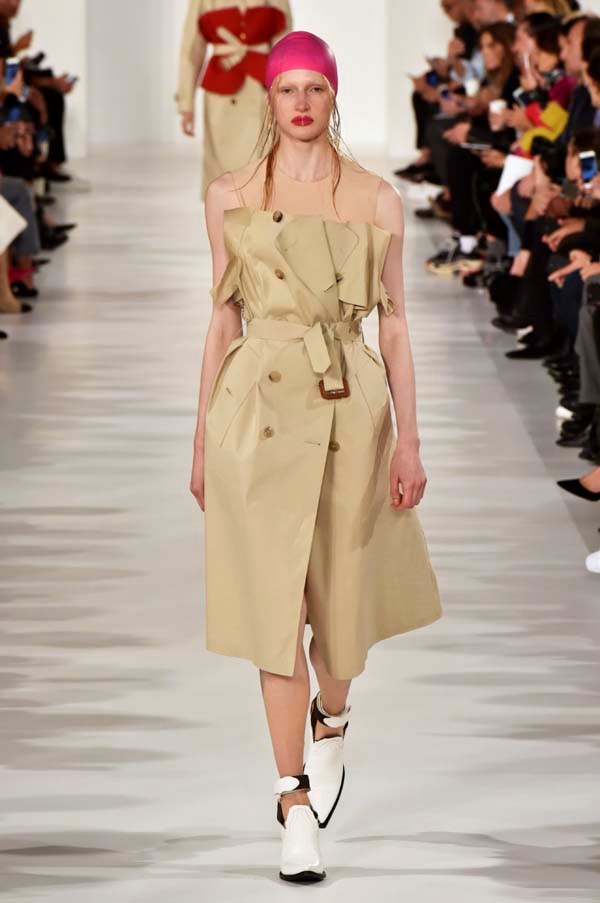 **Deconstructed trenches**   The trench coat is a fashion week mainstay, but this season designers breathed new life into it—whether it was at Maison Margiela, where John Gilliano reinterpreted the trench in a dozen different ways, or Jonathan Anderson at Loewe, who slashed the ends and sleeves.    Maison Margiela spring summer '18
