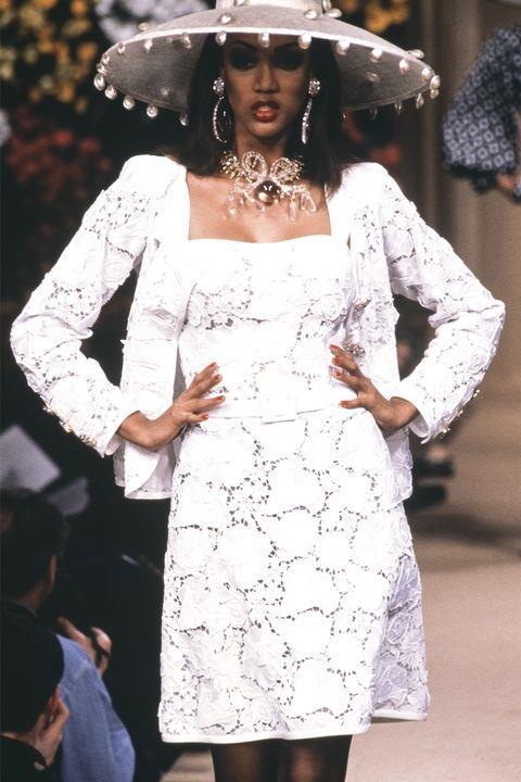 **TYRA BANKS** <BR><BR> Yves Saint Laurent spring '92