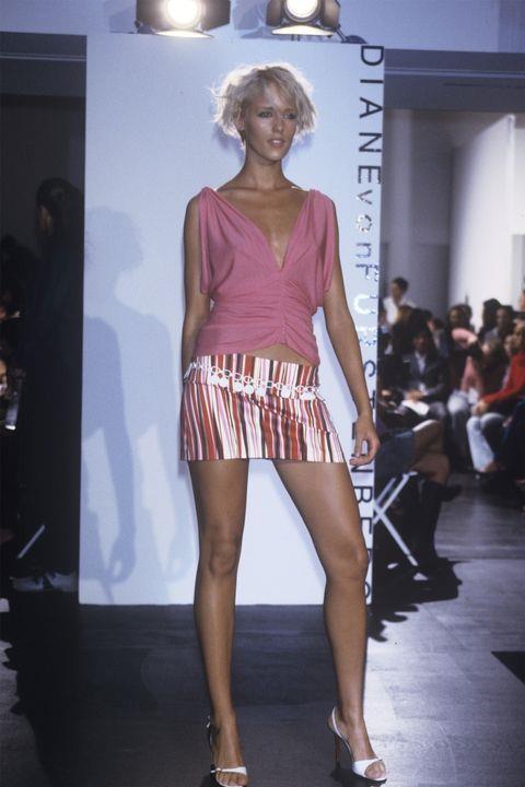 **AGYNESS DEYN** <BR><BR> Diane von Furstenberg spring '01