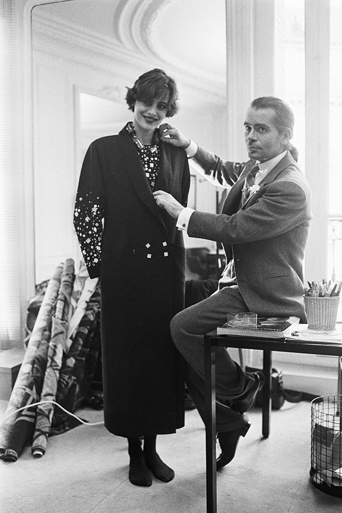 """**Karl Lagerfeld and Ines de la Fressange** <br><br>  In 1982, Ines de la Fressange became the first model to sign an exclusive modelling contract with the haute couture fashion house Chanel. Fressange became Lagerfeld's muse due to her uncanny resemblance to Coco Chanel and soon became a popular figure in fashion history. In 1989, Lagerfeld and Fressange had an argument after she went to serve as a model for Marianne, the symbol of France.   <br><br> This led the model to part ways with the company and Lagerfeld condemned her decision, stating that Marianne was """"everything that is boring, bourgeois, and provincial."""" However, the duo rekindled their relationship and Fressange walked in Chanel's spring summer '11 show."""