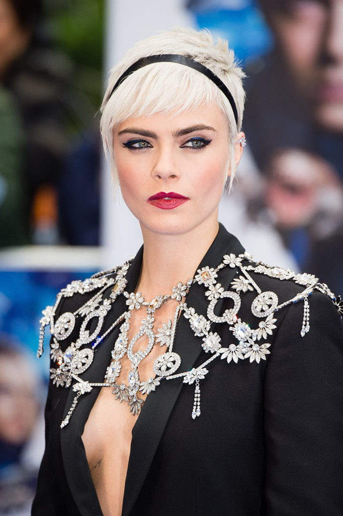"""**2. Cara Delevingne** <br><br> """"Cara is Britain's highest-earning supermodel and it is not to see why with these standout cheekbones. They are the golden standard of the fashion world."""""""