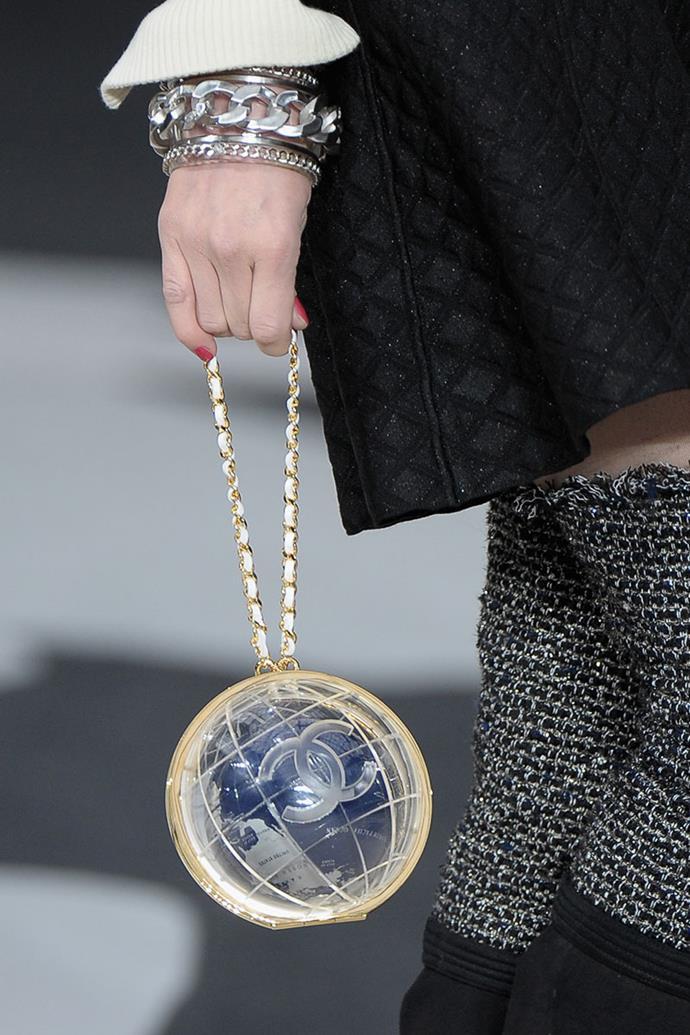 **Chanel autumn winter '13** <br><br> Around The World Bag.