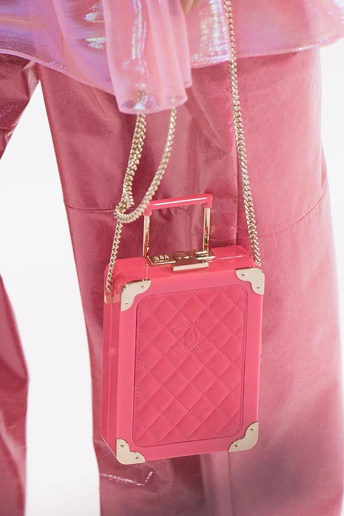 **Chanel spring summer '16** <br><br> Trolley Minaudiere Bag.