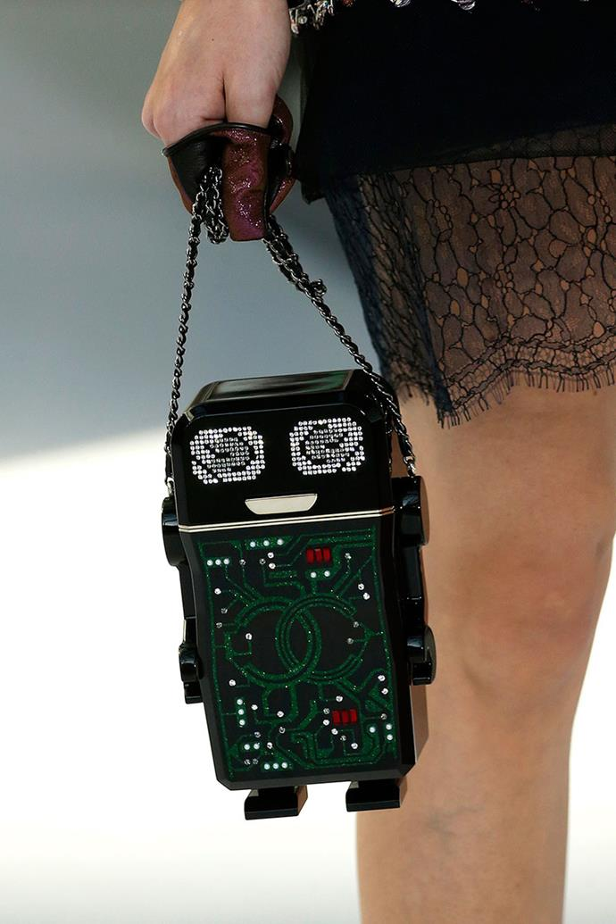 **Chanel spring summer '17** <br><br> Robot Minaudiere Bag.