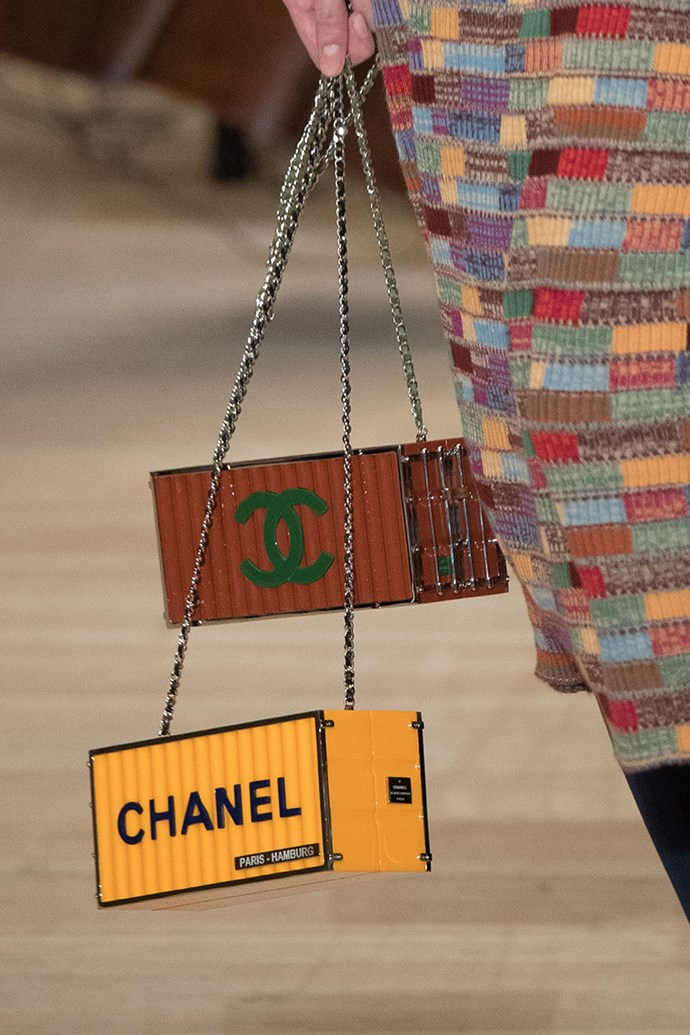 **Chanel pre-autumn winter '18 Metiers d'Art Show** <br><br> Shipping Container Bag.