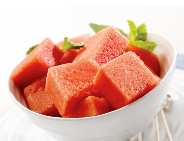 If you have **dehydrated skin** you should eat **Watermelon Salad**. <br> <br> Watermelons are made up of 93% water and contain vitamins A and C. They also contain collagen-boosting properties that give your skin a radiant and youthful-looking glow. Olive Oil is rich in vitamin E and healthy fats, which help hydrate the skin from the inside out. <br> <br> Here's the recipe you should follow:<br> •	1 pound watermelon flesh, cut into chunks <br> •	1 bunch mint leaves, larger leaves torn <br> •	1 handful watercress <br> •	1 handful pomegranate seeds <br> •	1 tablespoon extra-virgin olive oil <br> •	2 teaspoons flaxseeds<br> <br> <br> **Directions:** Toss the watermelon, mint and watercress in a bowl. Serve drizzled with oil and sprinkled with flaxseeds and pomegranate seeds.
