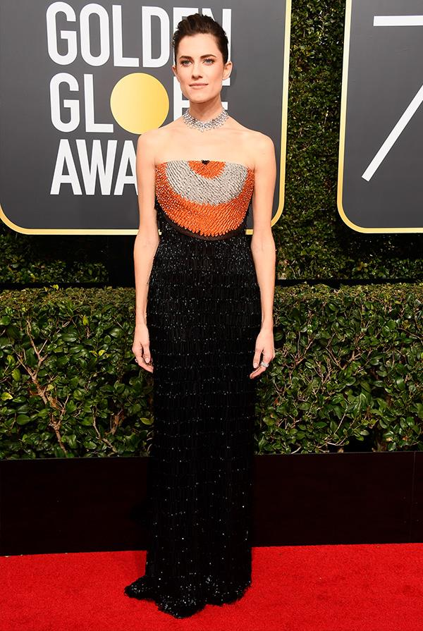 Allison Williams in Armani Privé at the 2018 Golden Globes.