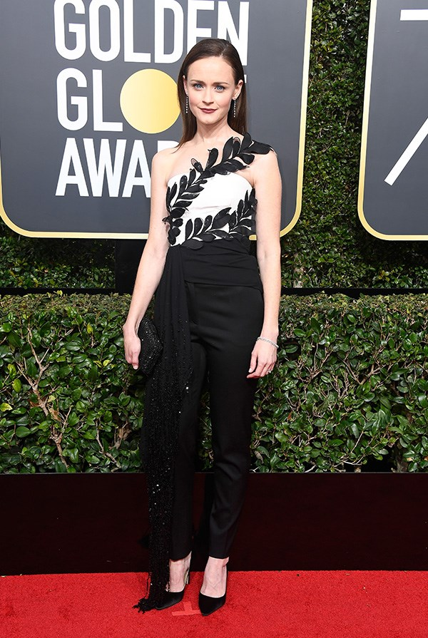 Alexis Bledel in Oscar de la Renta at the 2018 Golden Globes.