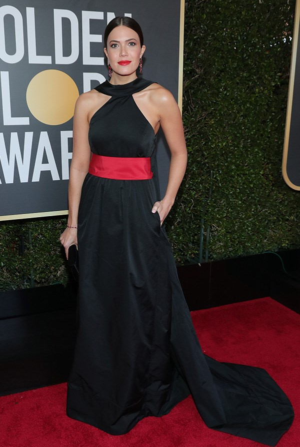 Mandy Moore in Rosie Assoulin at the 2018 Golden Globes.