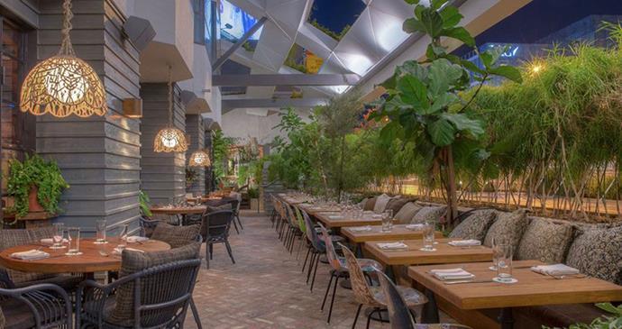 "Image: [Luxe City Guides](https://luxecityguides.com/category/eat-drink/buzzy-bars-estrella-heartbreaker-dandelyan-and-more/|target=""_blank""|rel=""nofollow"")"