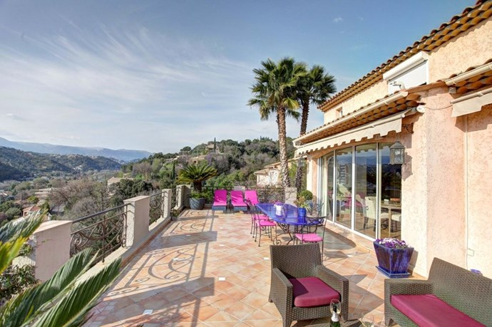 "**Cagnes-sur-Mer, French Rivera, France** <br><Br> This four-bed villa in the south of France sleeps eight people. With places like Nice, Cannes and Monaco close by, the location is ideal for a girls break. The villa comes with an outdoor swimming pool and an on-site concierge, plus it's placed upon a hill so naturally comes with gorgeous views. <br><br> *(Via [Airbnb](https://www.airbnb.co.uk/rooms/3333571?s=51|target=""_blank""))*"