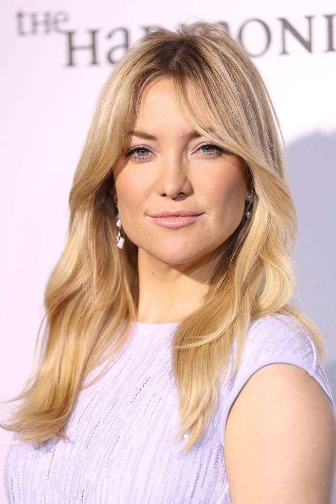 """**Kate Hudson** <br><br> Kate Hudson is so good at doing her own makeup that she would have been a makeup artist if her career as an actress didn't go as planned. """"I used to make jokes that if I didn't make it as an actress, or if it didn't work out, at least that was my backup. I really love doing makeup,"""" she told [*Beauty Editor*](https://beautyeditor.ca/2013/10/10/kate-hudson-beauty-tips