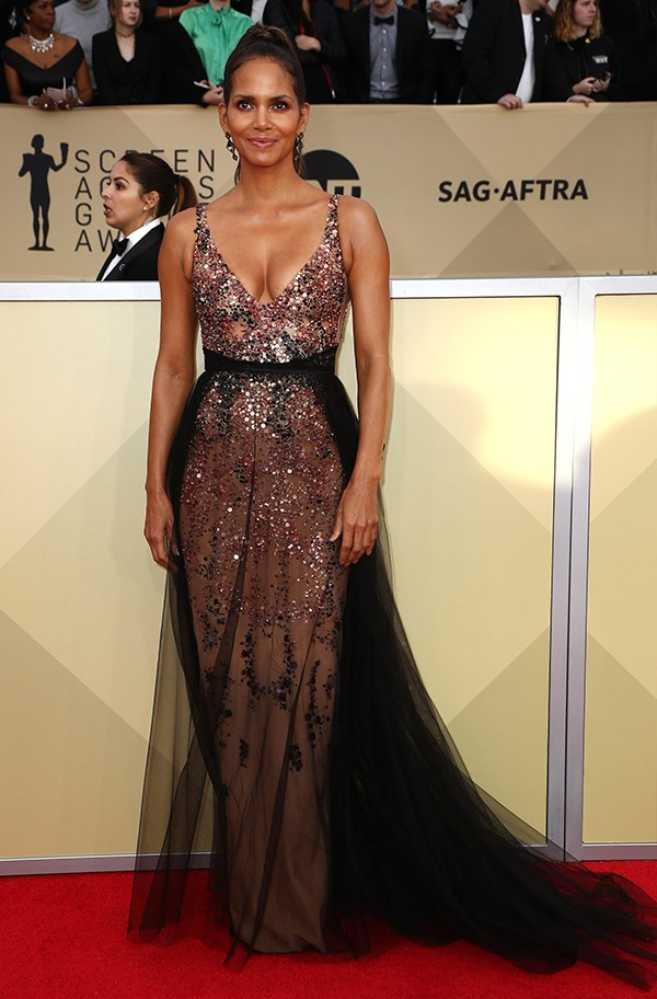 Halle Berry In Pamella Roland