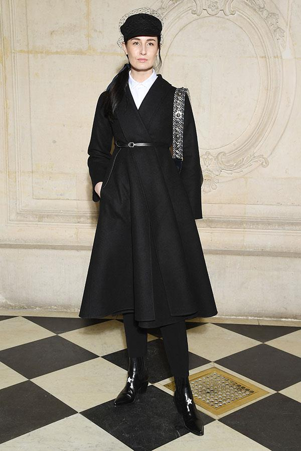 **The front row:**<br><br>  Erin O'Connor