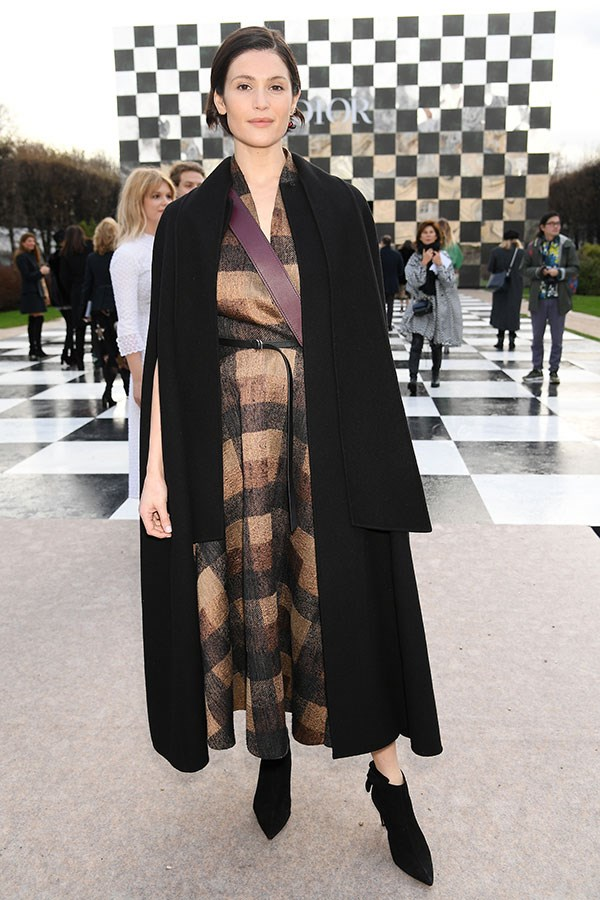 **The front row:**<br><br>  Gemma Arterton