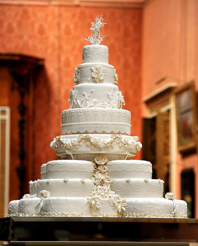 """***They will be forgoing a traditional wedding cake*** <br><br> Like everything about their wedding, William and Kate's wedding cake was very traditional. Made by cake designer Fiona Cairns, the confection was 8-tiers tall and covered in 900 sugar flowers. The bottom tier, as per convention, was a sturdy fruit cake, which was then preserved and eaten on the date of Prince George's christening. <br><br> Meghan and Harry, however, aren't fans of the traditional cake. The two are reportedly fans of bananas, so rumour had it that they were considering a gigantic banana-flavoured cake to be made for the day. <br><br> However, Kensington Palace has confirmed that [Meghan and Harry have chosen pastry chef Claire Ptak](https://www.elle.com.au/wedding/prince-harry-meghan-markle-wedding-cake-16130