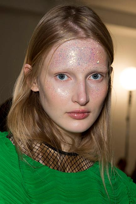**GLITTER** <br><br> Preen By Thornton Bregazzi—London Fashion Week Autumn/Winter '18 <br><br> (Image: Jason Lloyd-Evans)