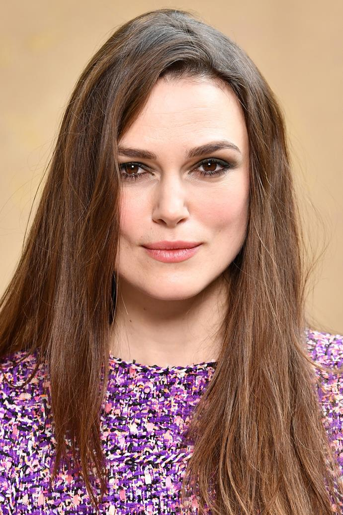 """**Keira Knightly** <br><br> While Keira Knightly isn't exactly keeping up with her regular regime in the air, there is one non-negotiable product she'll always apply. """"I have just discovered rosehip oil, which a friend of mine recommended,"""" Knightly told [*British Vogue*](http://www.vogue.co.uk/article/keira-knightley-beauty-interview target=""""_blank"""" rel=""""nofollow""""). """"Flights are so hard on your skin and they make it so dry, so I gave this a go and it really worked. Now I always travel with it."""""""