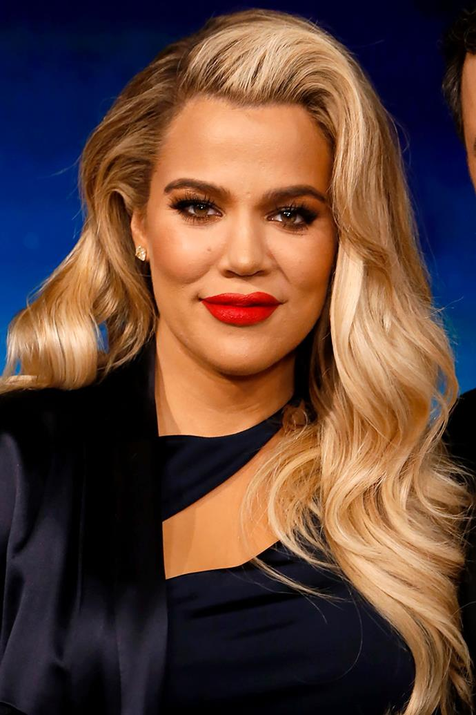 """**Khloe Kardashian** <br><br> When flying, Khloe Kardashian's non-negotiable beauty product, as professed [on her app](http://people.com/style/khloe-kardashian-travel-beauty-tips/ target=""""_blank"""" rel=""""nofollow""""), is rosewater spray. """"I like to spritz my face with rosewater spray to keep moisture locked in. Plus, it just feels really nice."""""""