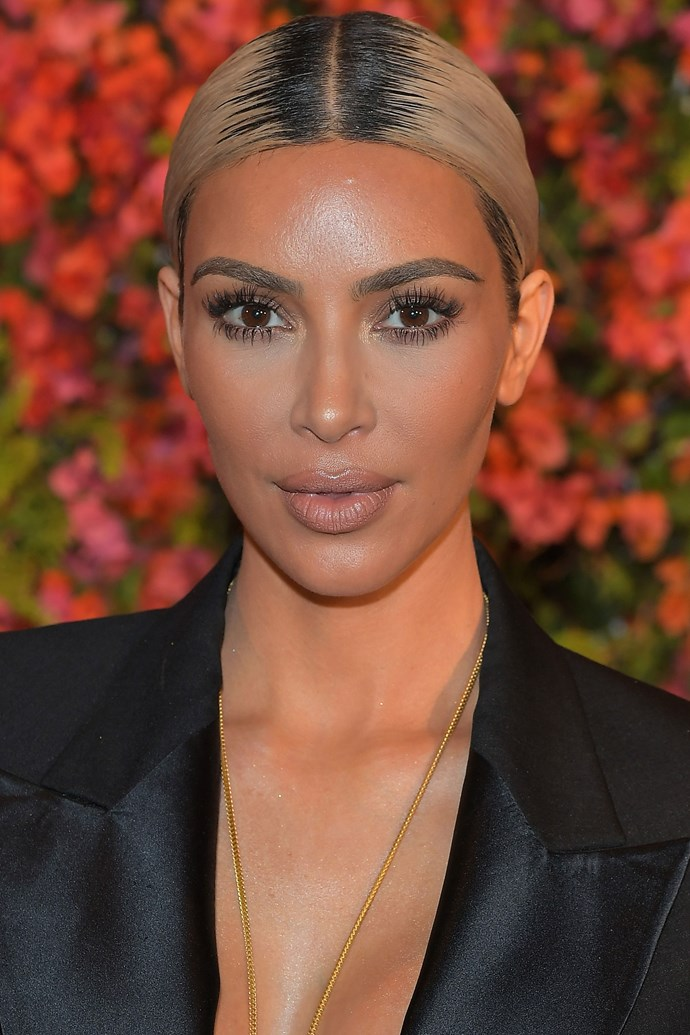 """**Kim Kardashian** <br><br> KKW recently shared her in-flight beauty essentials, and there's one brand in particular, and their travel friendly packacking, that she'll always pack in her carry-on. """"I love bringing mini products anyway. La Mer has the best travel-size products,"""" Kardashian told [*W Magazine*](https://www.wmagazine.com/story/kim-kardashian-beauty-tips