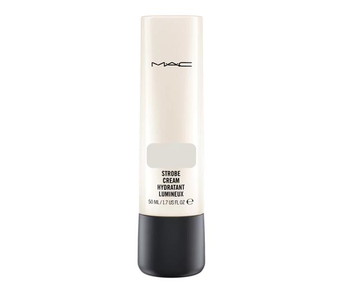 "Achieve the look with: M.A.C Strobe Cream, $55 at [MAC](https://www.maccosmetics.com.au/product/13824/364/products/skincare/moisturisers/strobe-cream|target=""_blank"")"