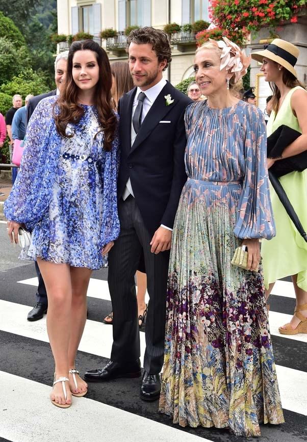 Lana Del Rey, Francesco Carrozzini and Franca Sozzani at the wedding of Beatrice Borromeo and Pierre Casiraghi