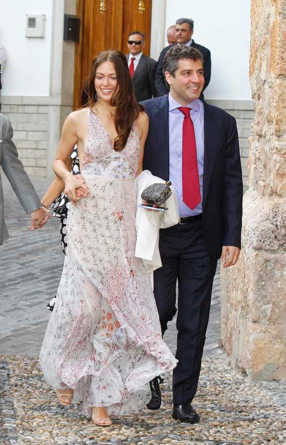 Guests at the wedding of Lady Charlotte Wellesley and Alejandro Santo Domingo